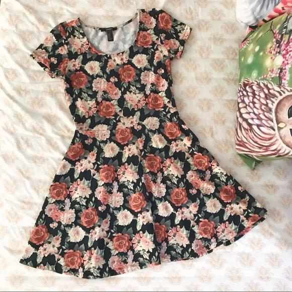 Forever 21 Dresses & Skirts - 🆕F21 pretty roses dress